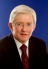 Prof John Pickard becomes Headway patron